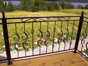 Металлические оградки и решетки.