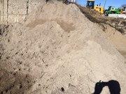Песок природный немытый с доставкой от 1 до 30т.