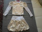 Костюм (юбка+блузка) новый для девочки 2 - 3 года